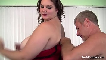Beautiful brunette bbw gets her plump juicy pussy fucked