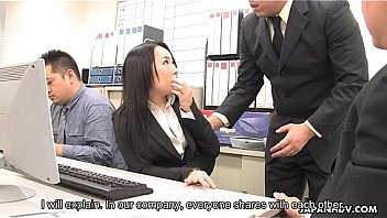 Porno Asian dark raven fucked by her co-workers