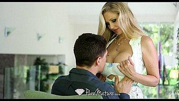 XXX Porn HD - PureMature Hot Milf Julia Ann loves a big dick
