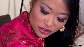 Bokep Deep ass fucking gives horny Asian hardcore goddess PussyKat shivers of pleasure