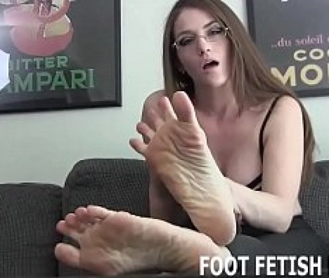 Foot Fetish And Foot Worshiping Tube Videos