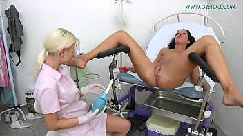 Bokep Vanesa Tvain went to her gynecologist