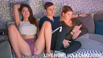 MY ROOMMATE SEDUCED ME WITH HOT SQUATS LIVE NOW : LULACAMZ.COM