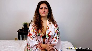 Bokep Sex Massage and sex for shy young woman