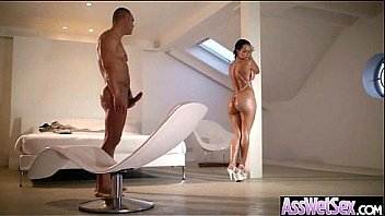 Gorgeous Big Ass Girl Take It In Her Behind movie-14