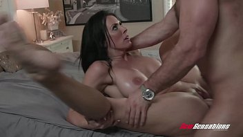 Video Porno Reagan Foxx Gets Pounded By Her Step Son
