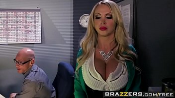 Bokep Brazzers - Big Tits at Work - Full Dis-Clothe-Her scene starring Nikki Benz and Johnny Sins