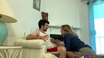 Bokep Stepson helps stepmother and cums twice inside her