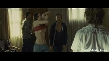 Bokep Riki Lindhome in The Last House the Left 2009