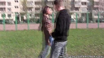 Bokep Casual Teen Sex - This teeny didn't seem like an easy type