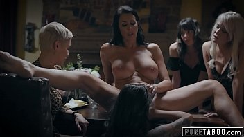 Bokep Seks Teen Humiliated by Lesbian Stepmom And Must Serve Meal With No Clothes on