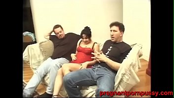 Bokep pregnant young women gets banged hard by 2 heavy ass white dudes
