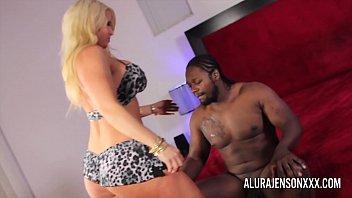 Bokep Busty blonde pornstar loves pleasing big black cocks