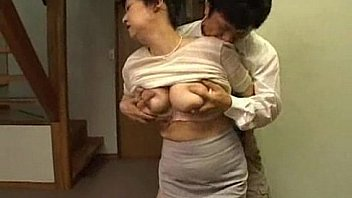 Nonton Bokep Japanese step mom milf with big tits getting pleasured