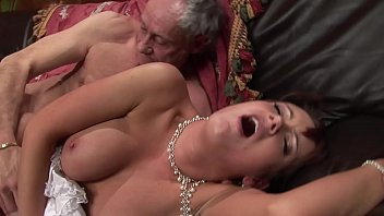 Bokep Old man young woman at the bar fucks like in their young times hard & rough
