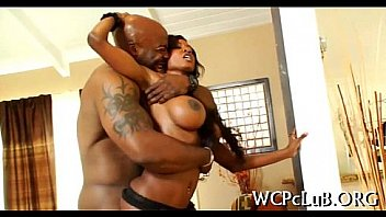 Bokep Skinny black thot get fucked by muscular black man