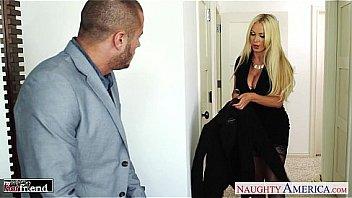 Bokep Busty blonde Nikki Benz take cock