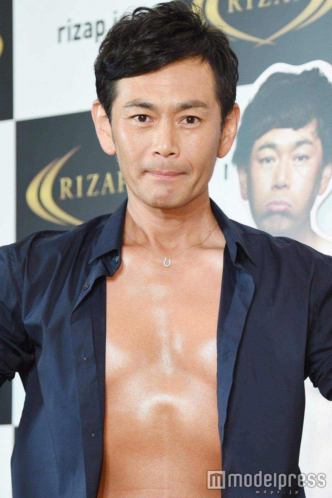 ココリコ遠藤章造,2ヶ月半で10kg減 肉體美披露で妻のサポートに感謝 - モデルプレス