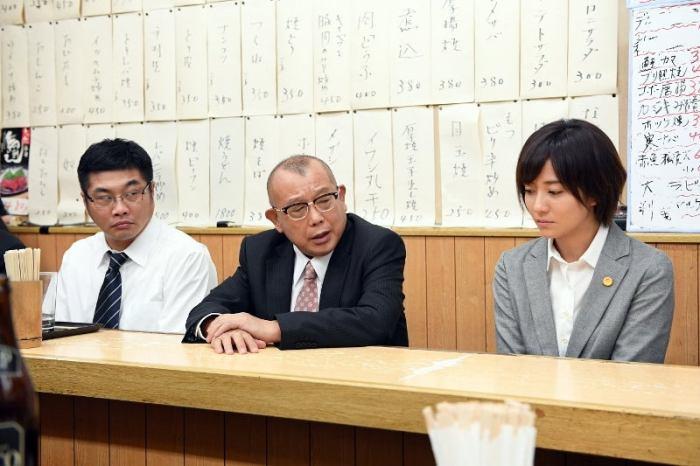 松尾諭、笑福亭鶴瓶、木村文乃/『99.9-刑事専門弁護士- SEASONII』第3話より(C)TBS
