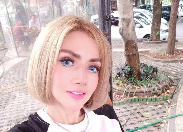 Nikita Mirzani Dan Barbie Kumalasari