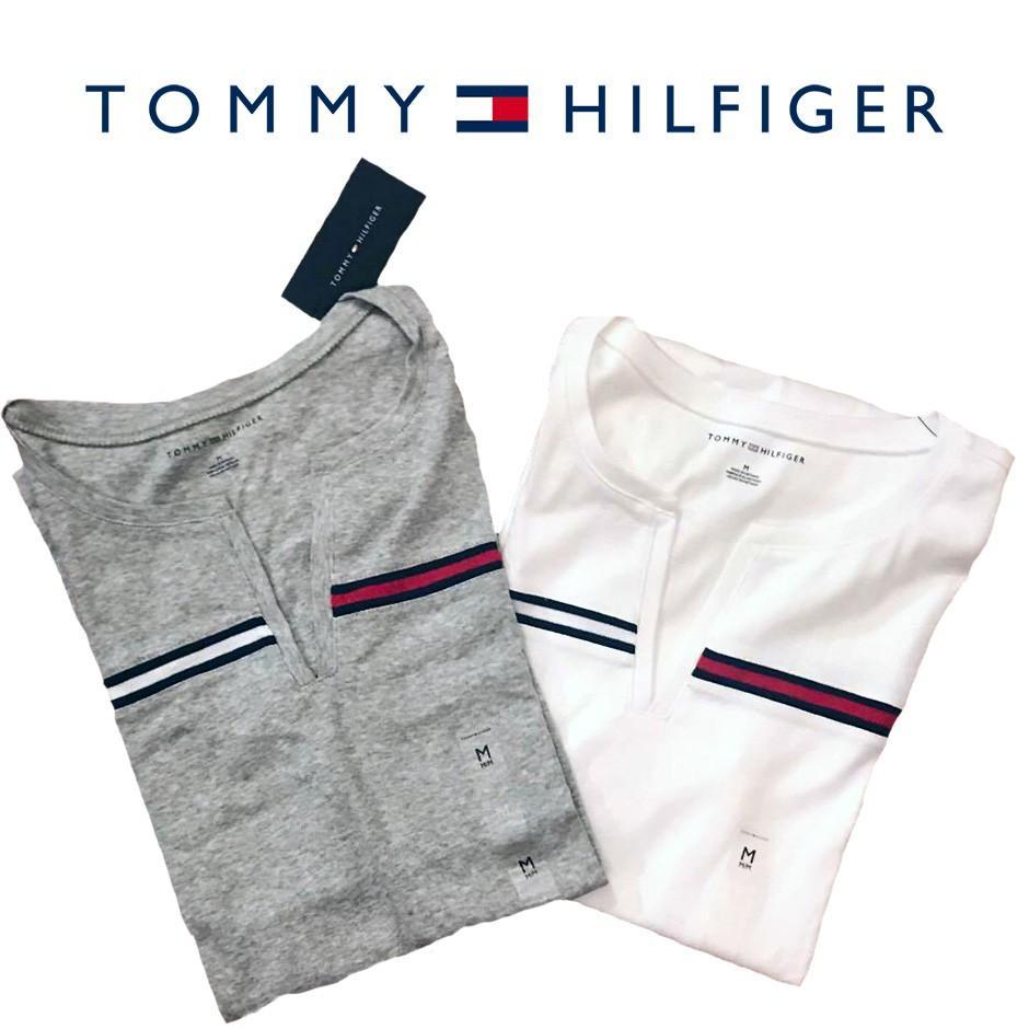 Tommy Hilfiger 女版 V領 LOGO款 短Tee 現貨 美國專櫃 - 淘寶臺灣 - LINE購物