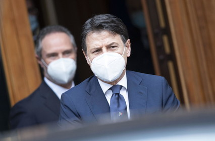Phase 2, Conte ready to report to the Chambers | Mount the protest against the new coronavirus decree