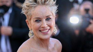 """Sharon Stone: """"Minacciata di essere estromessa da un set perché ho chiesto che tutti fossero vaccinati"""""""