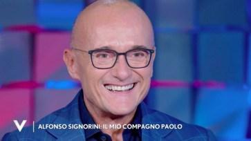 """Alfonso Signorini parla del compagno Paolo Galimberti: """"Insieme da 19 anni, ci rispettiamo molto"""""""