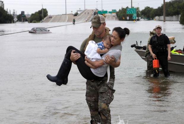 hurricane harvey heartwarming photos