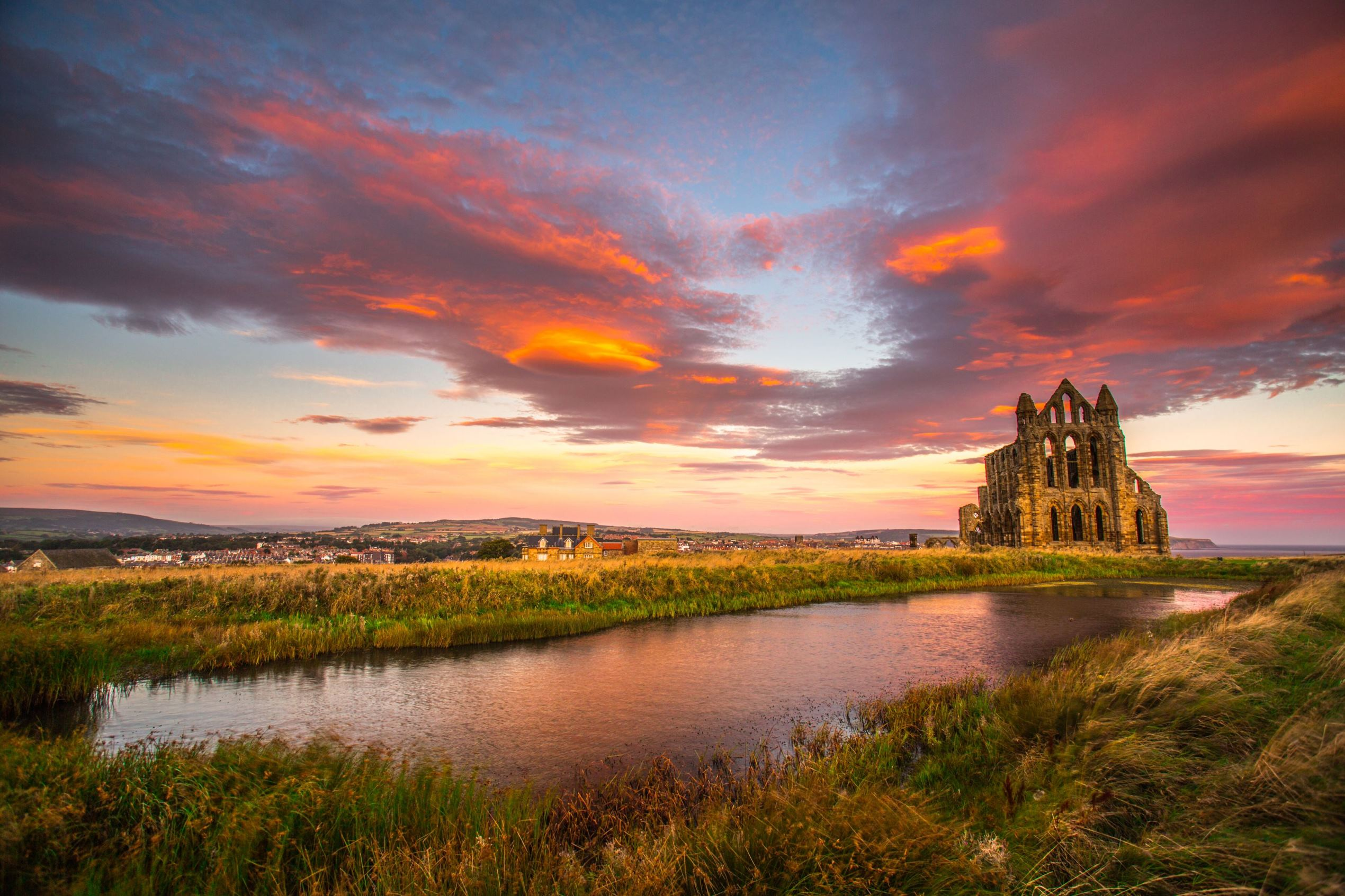 Слайд 81 из 86: Sunrise over Whitby Abbey, Yorkshire, UK - 12 Sep 2016 Sunrise over Whitby Abbey