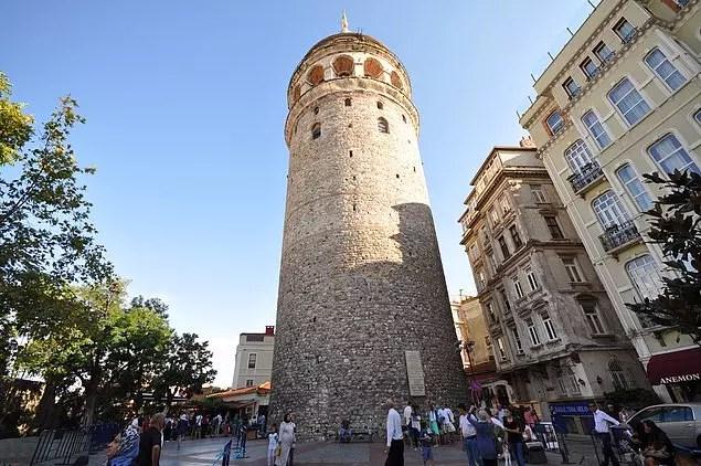 Galata Kulesi ve çevresi
