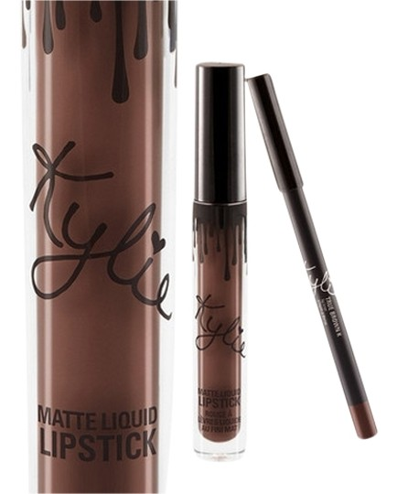 kylie cosmetics true brown k jenner lip kit red in hand