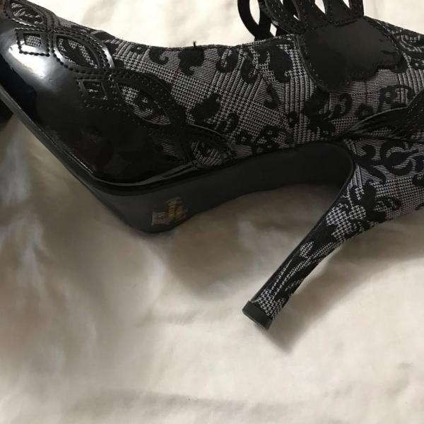 Penthouse Ellie Shoes Black Grey Heels Formal Size 10 Regular - Tradesy