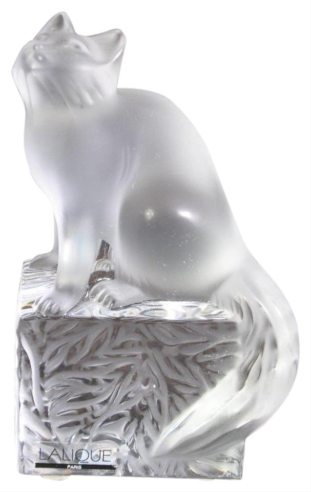 lalique white crystal cat