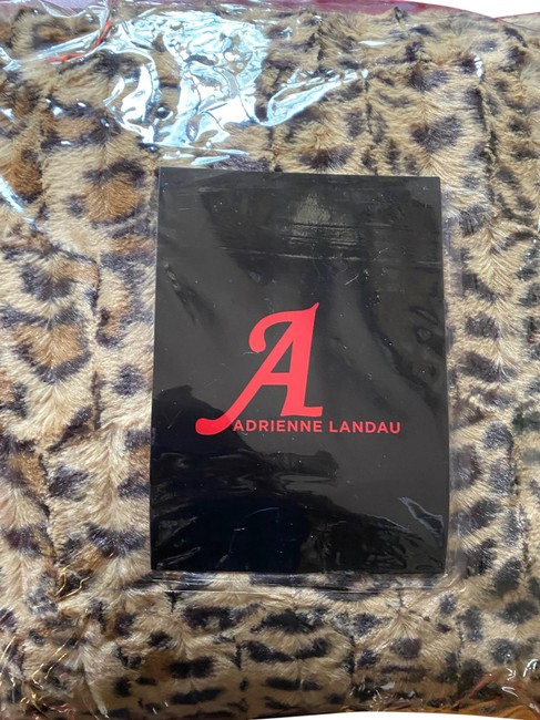 leopard faux fur throw and pillow set