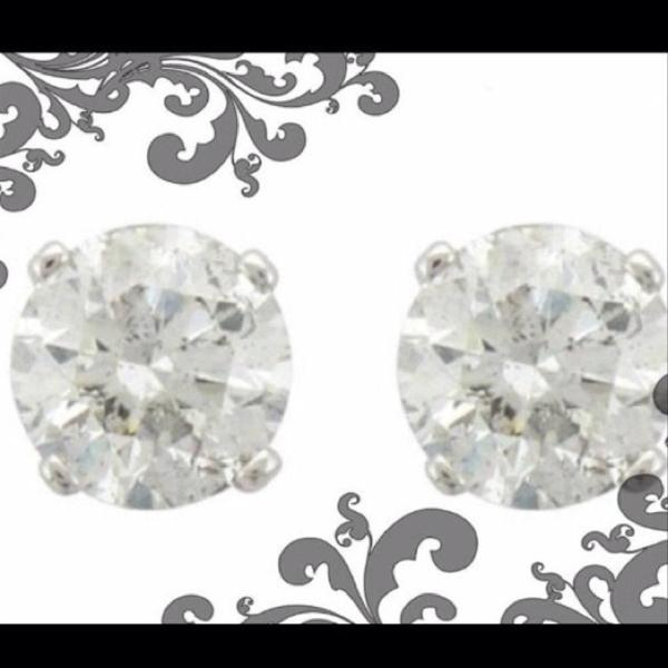 White Diamond 1 Carat 14k Gold Stud List 599.99 Studs. Earrings - Tradesy