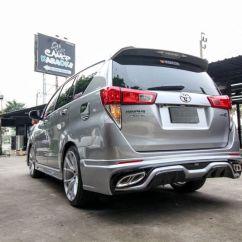New Kijang Innova Modifikasi Grand Veloz Silver Gaya Baru Toyota Tampil Lebih Mewah Okezone News Sektor Kaki Diperkuat Dengan Tampilan Pelek Berukuran Besar Sekira 20 Inchi Sedangkan Kabin Dan Mesin Tetap Mempertahankan Keaslian