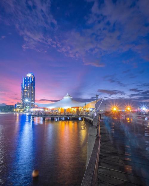 Wisata Malam Bali : wisata, malam, Wisata, Malam, Jakarta, Paling, Asyik, Untuk, Nongkrong, Okezone, Travel