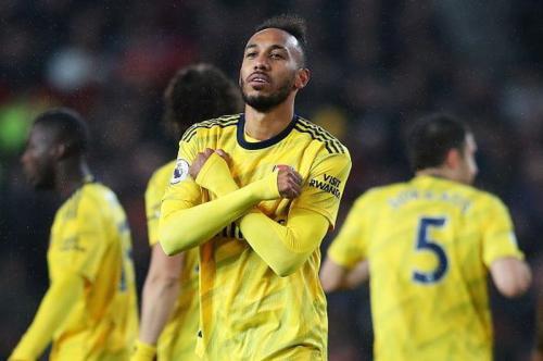 Selebrasi Pierre-Emerick Aubameyang saat mencetak gol untuk Arsenal