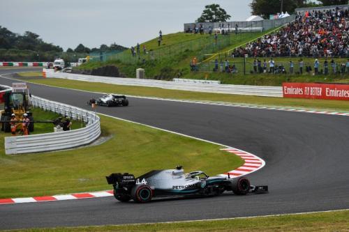 Duo Mercedes AMG Petronas menguasai baris terdepan di FP2 (Foto: Mercedes AMG Petronas)