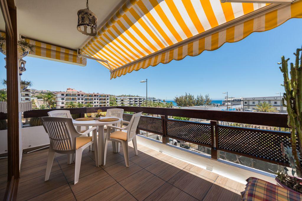 Reserva tu hotel más barato con logitravel. Apartamentos en Maspalomas ·【Alojamiento Hundredrooms】