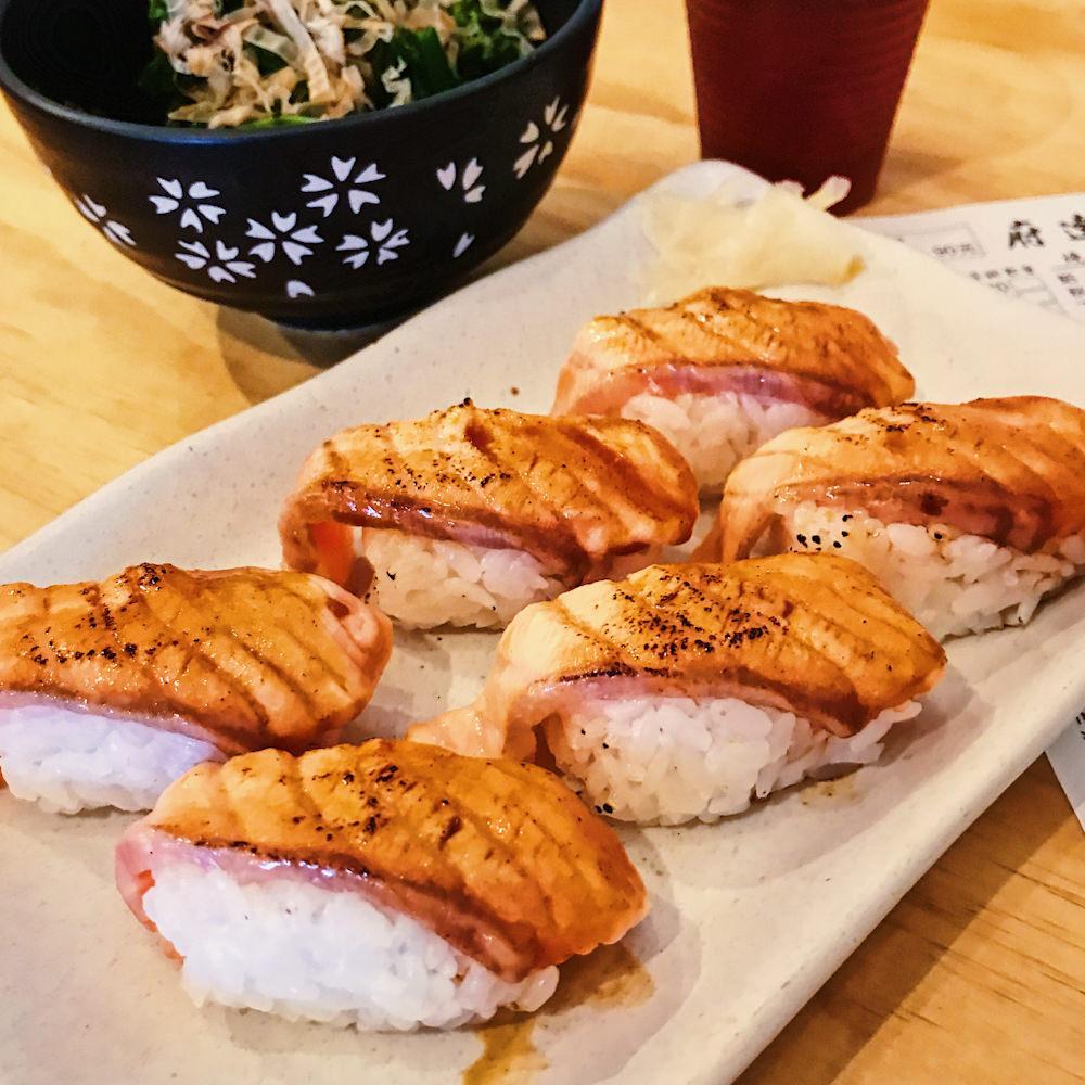 寿司 美登利 「寿司の美登利」に発がん性着色料か 2年前に発覚も改善されず?