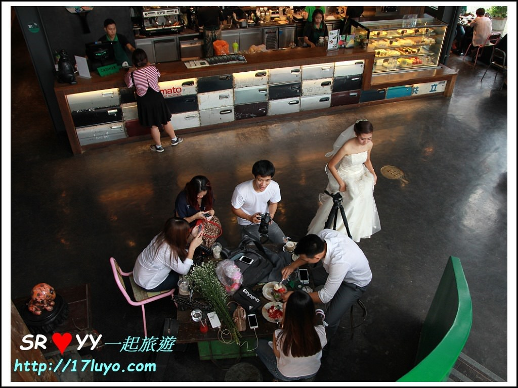 think park_local cafe_H36