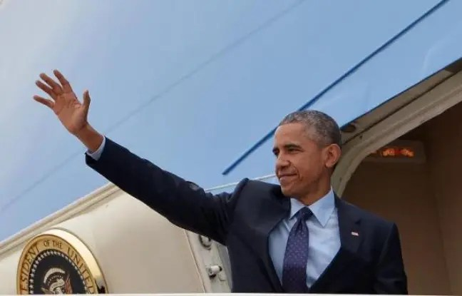 Le président Barack Obama s'apprête à décoller pour la Jamaïque et le Panama à bord d'Air Force One, le 8 avril 2015
