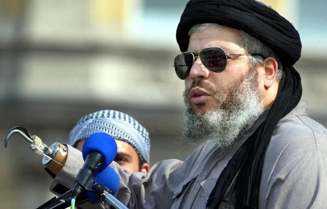 Abou Hamza à Londres, le 25 août 2002.