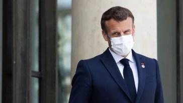 La fin du port du masque en extérieur «se fera de manière différenciée sur le territoire», prévient Emmanuel Macron