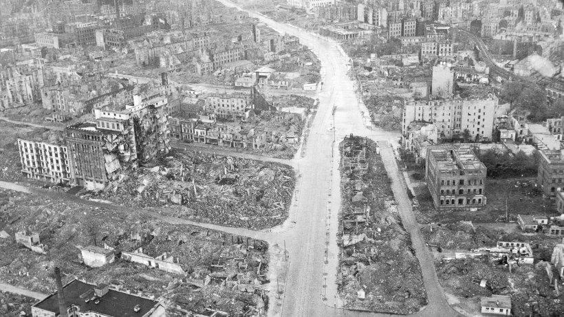 Am 3 Mai vor 70 Jahren ist die Hlfte Hamburgs zerstrt