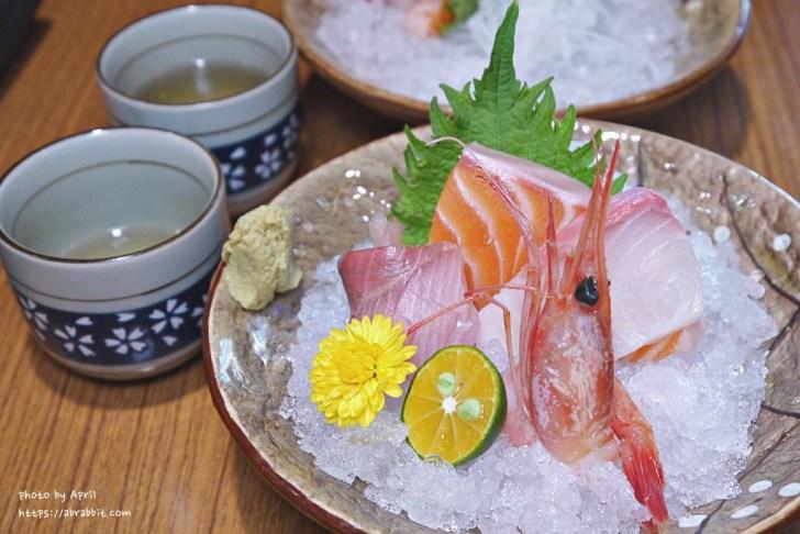 20190128180018 3 - 熱血採訪│食尚玩家推薦的台中日式料理在哪?現撈龍蝦入菜,用餐時刻人潮不少