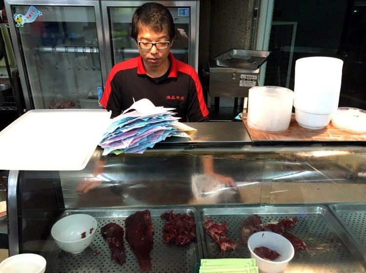 [台南永康區] 鴻品牛肉湯 – 徹底滿足牛肉饕客的多樣化牛肉料理