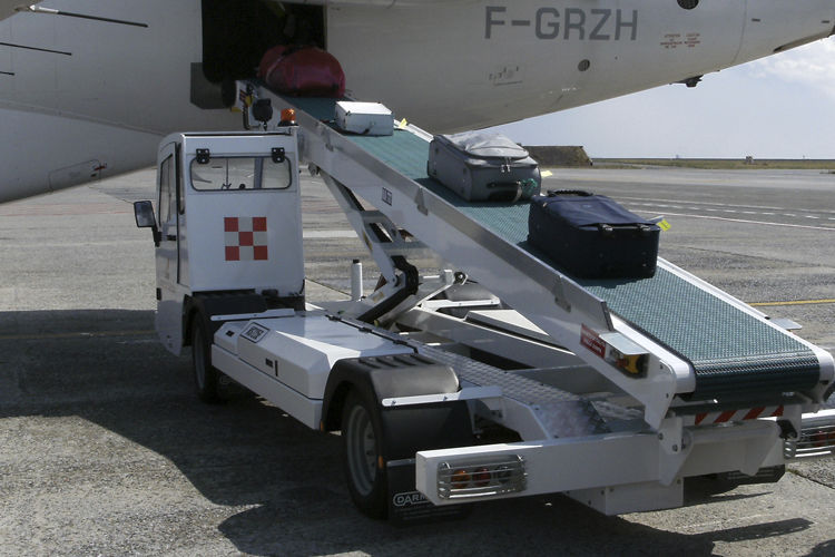 自推式行李傳送帶 - BOMBELLI ANGELO SRL - 機場